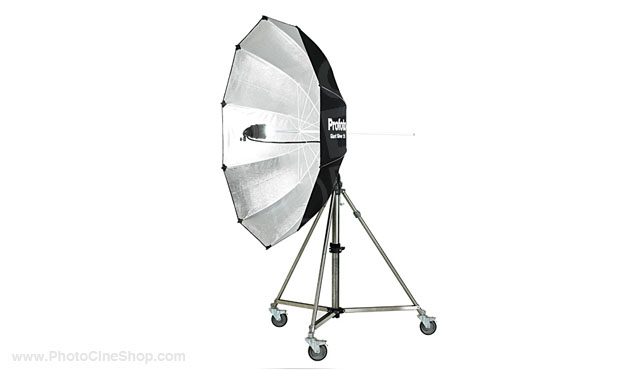 https://www.photocineshop.com/library/Profoto Giant Silver 210