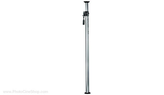Manfrotto 032 Autopole extends from 210cm to 370cm